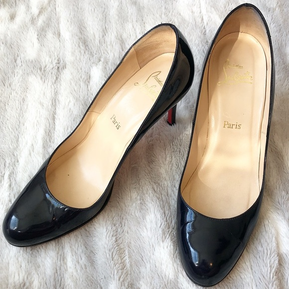 095713b67a5 Christian Louboutin Patent Leather Simple Pumps